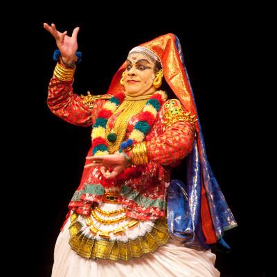 Karunakaran Kathakali Festival de danses classiques indiennes Mouvements Emouvants